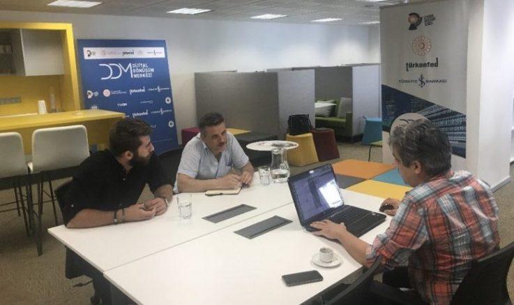 Dijital Dönüşüm Merkezi'ne KOBİ başvuruları devam ediyor