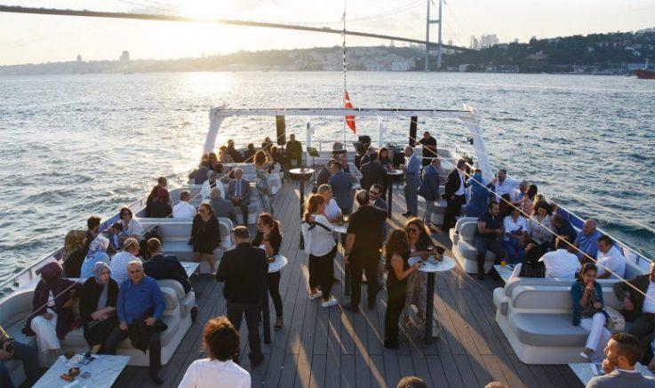 AİMSAD, 5'inci yılını Boğaz'da kutladı